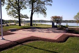 Springfield Township Veterans Memorial overlooking the water